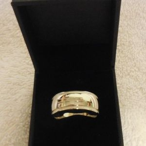 AVON STAINLESS STEEL  RELIGIOUS BAND RING